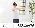 女性 エクササイズ 運動の写真 38380976