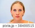 顔 女性 白人の写真 38400515