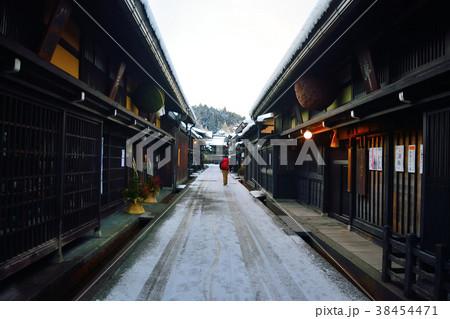 飛騨高山 冬のさんまち通り(1月) 38454471