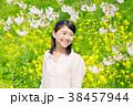 女性 桜 菜の花の写真 38457944