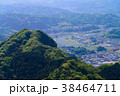 【静岡県】葛城山から眺める城山山頂と狩野川の流れ 38464711
