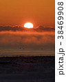 厳冬の夜明け 38469908