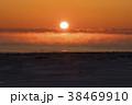 厳冬の夜明け 38469910