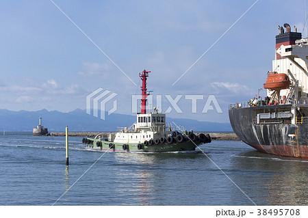三池港 入港する貨物船、 38495708