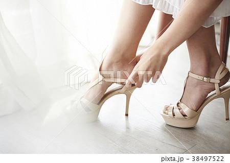女性 ドレスアップ 38497522