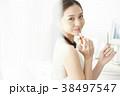 女性 メイクアップ ビューティー 38497547