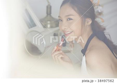 女性 メイクアップ ビューティー 38497562