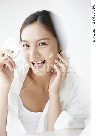 女性 リラックス 38497696