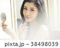 人物 女性 化粧品の写真 38498039