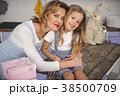 ファミリー 家庭 家族の写真 38500709