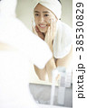 人物 女性 鏡の写真 38530829