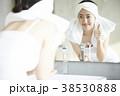 人物 女性 鏡の写真 38530888