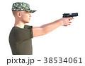 銃を構える男性 軍隊 真横カット(向き違いあり) 38534061