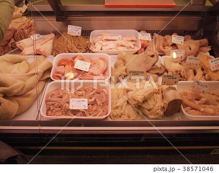 イタリアの肉屋(ホルモン) 中央市場 38571046
