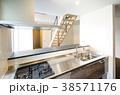新築一戸建て インテリア キッチンから 38571176