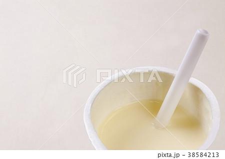 冷たい飲み物 ミルクセーキ 38584213