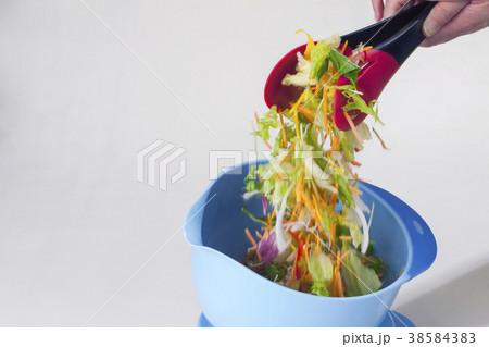 野菜ミックスサラダボール 38584383