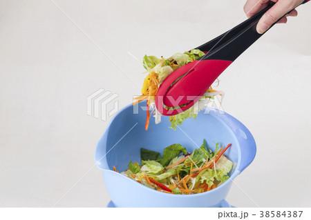 野菜ミックスサラダボール 38584387