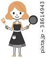 女性 料理 持つのイラスト 38614943