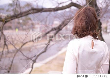 若い女性 38651549