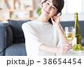 ワイン 女性 人物の写真 38654454