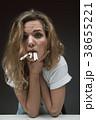 タバコ たばこ 不機嫌の写真 38655221