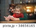 ファミリー 家庭 家族の写真 38656165
