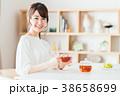 紅茶 ティータイム くつろぐの写真 38658699