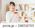 紅茶 ティータイム くつろぐの写真 38658705