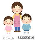園児 保育士 笑顔のイラスト 38665619
