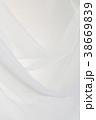 美しいシフォン生地のドレープ 38669839