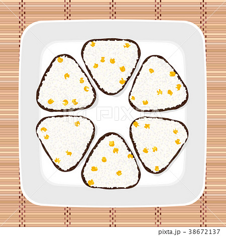 Sweet corn onigiri. Japanese cuisine. Vegetarian. 38672137