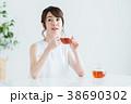 若い女性(紅茶) 38690302