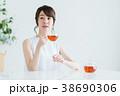若い女性(紅茶) 38690306