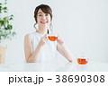 若い女性(紅茶) 38690308