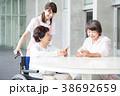 介護士 女性 シニアの写真 38692659