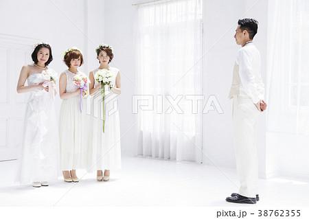ウエディング 花嫁 女性 結婚 ブライダル 38762355
