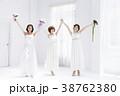 ウエディング 花嫁 女性 結婚 ブライダル 38762380
