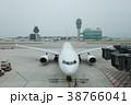 jet flight docked in Hong Kong Airport. 38766041