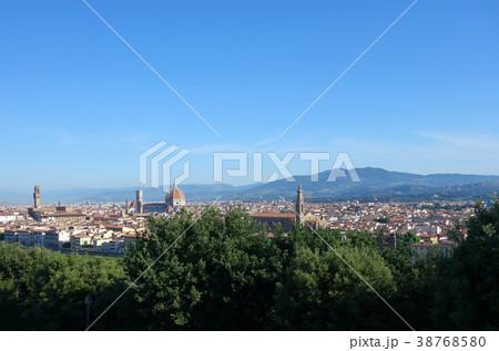 イタリア フィレンツェ サンタ・マリア・デル・フィオーレ大聖堂 遠景 Itary Florence 38768580