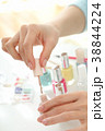 女性 ネイルアート 化粧品の写真 38844224