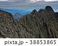 穂高岳の岩稜とジャンダルム 38853865