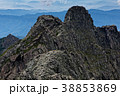 奥穂高岳から見るジャンダルムと西穂高岳への稜線 38853869