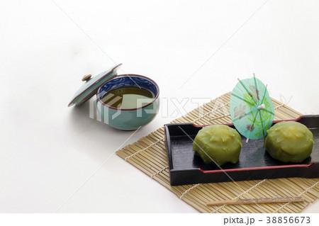抹茶味の生菓子 日本のお菓子 38856673