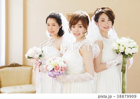 ウエディング 花嫁 女性 結婚 ブライダル 38879909