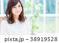 若い女性 38919528