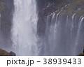 【日本の滝100選】紅葉の華厳の滝(滝壷) 38939433