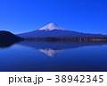 河口湖からの青空快晴の富士山 2018/03/12 38942345