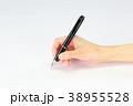 ボールペン 握る 手の写真 38955528