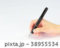 ボールペン 握る 手の写真 38955534